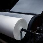 紙の生産によって発生するCO2排出量と紙の種類別の排出量